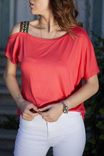 Kadın Pembe Omuzu Aksesuarlı Bluz 0YXK2-43355-20