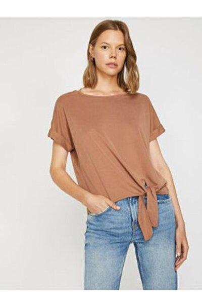 Kadın Bağlamalı Krem Vatkalı Penye Basic T-shirt