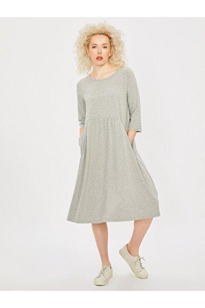 Kadın Gri Büzgülü Bol Kesim Elbise