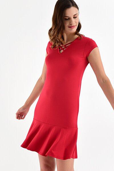 Kadın Kırmızı Yaka Detay Etek Ucu Volanlı Elbise 20L6810