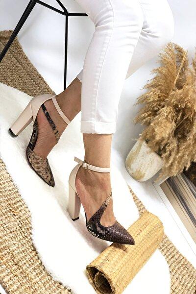 Kadın Kahve Yılan Topuklu Ayakkabı