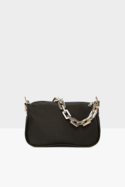 Siyah Kadın Plastik Zincirli Saten Baget Çanta M000004780