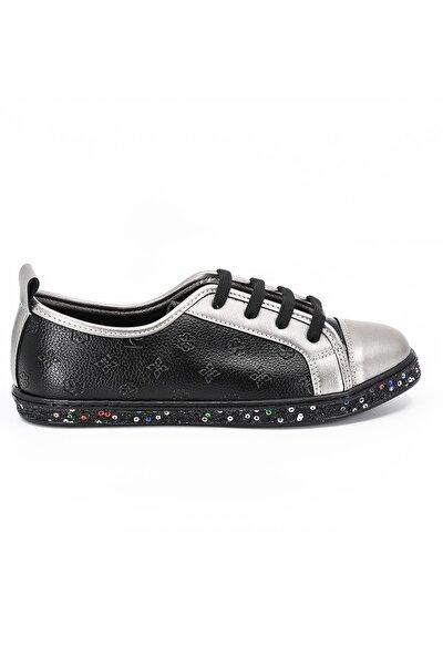 Kadın Siyah Bağıcıklı Günlük Ayakkabı