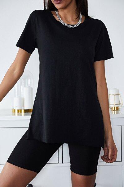 Kadın Siyah Basic Bisiklet Yaka Yırtmaçlı T-Shirt 1KZK1-11202-02