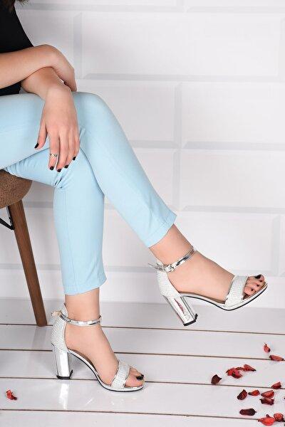 Kadın Beyaz Topuklu Ayakkabı