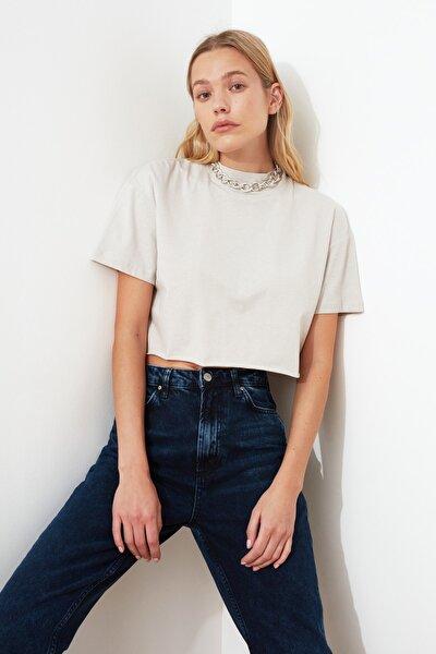 Taş Dik Yaka Crop Örme T-Shirt TWOSS20TS0287