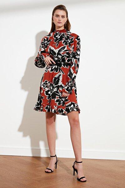 Çok Renkli Desenli Volanlı Elbise TWOSS21EL0687