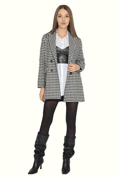Kadın Mona Yaka Dört Düğme Kapaklı Cep Uzun Astarlı Ceket
