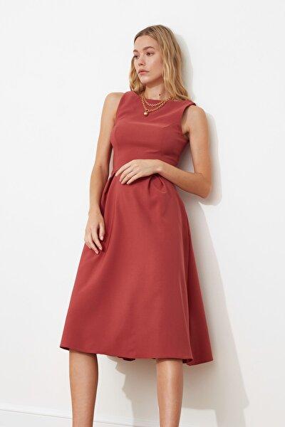 Gül Kurusu Pileli Elbise TWOSS20EL0980