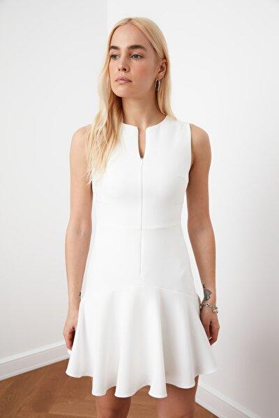 Ekru Fermuar Detaylı Elbise TWOSS20EL1124