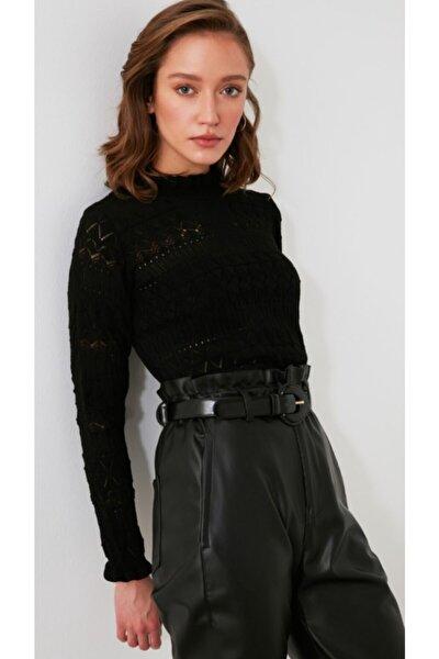 Kadın Siyah Renk Ajurlu Triko Kazak