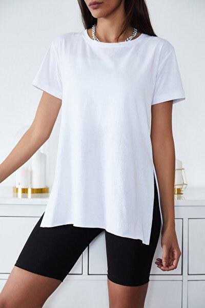 Kadın Beyaz Basic Bisiklet Yaka Yırtmaçlı T-Shirt 1KZK1-11202-01