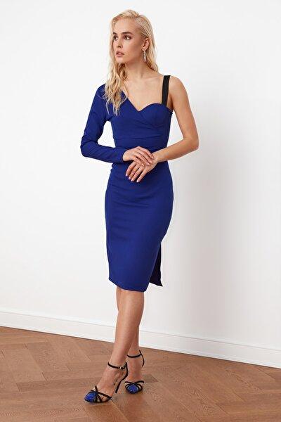 Saks Yaka Detaylı Elbise TPRSS21EL0152