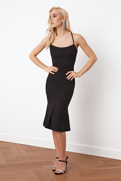 Siyah Sırt Detaylı Elbise TPRSS21EL0024