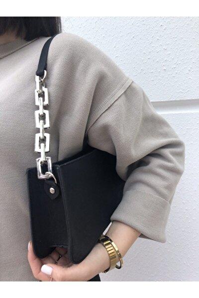 Kadın Siyah Zincir Detaylı Baget Çanta