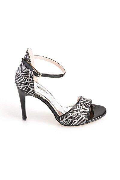 Kadın Siyah Topuklu Ayakkabı 54031