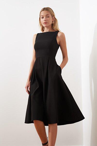 Siyah Pileli Elbise TWOSS20EL0980