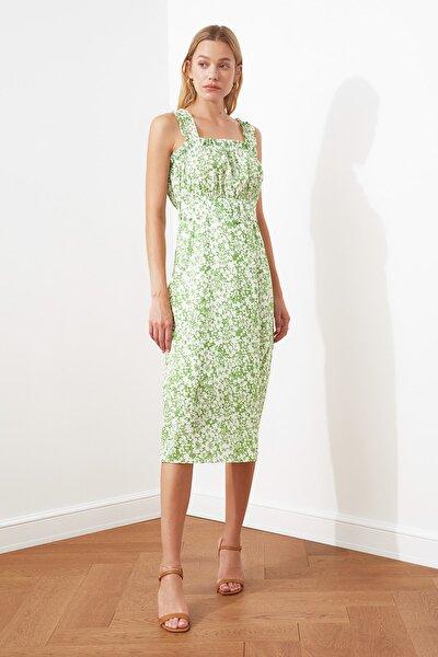 Yeşil Kemerli Büzgü Detaylı Desenli Elbise TWOSS20EL2260