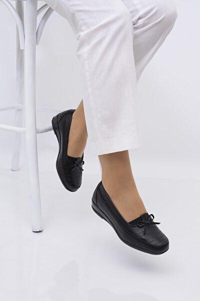 Kadın Siyah Hakiki Deri Fiyonk Detay Ortapedik Ayakkabı