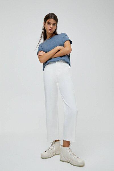 Kadın Beyaz Crop Paça Straight Fit Jean 04676330