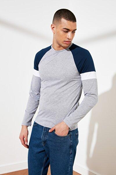 Gri Erkek Slim Fit Uzun Kollu T-Shirt TMNSS21TS0310