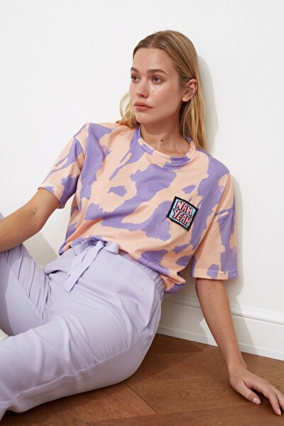 Lila Baskı Detaylı Oversize Örme T-Shirt TWOSS20TS0787