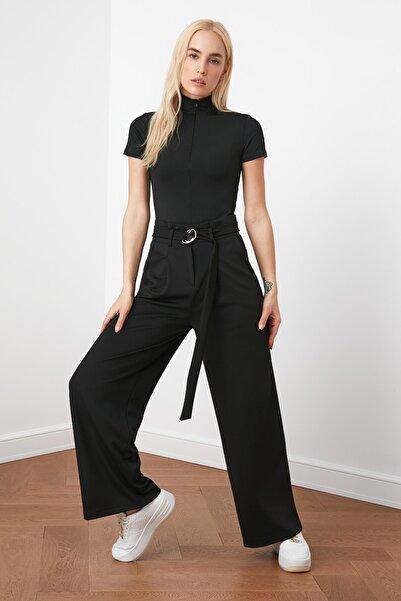 Siyah Kemerli Dökümlü Pileli Örme Pantolon TWOAW20PL0218