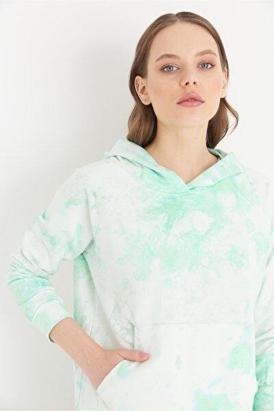 Batik Desenli Kapşonlu Kısa Sweatshırt- Yeşil