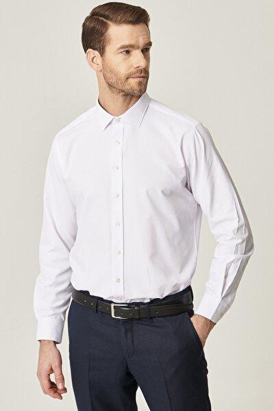 Erkek Beyaz Regular Fit Bol Kesim Düğmeli Yaka Armürlü Gömlek