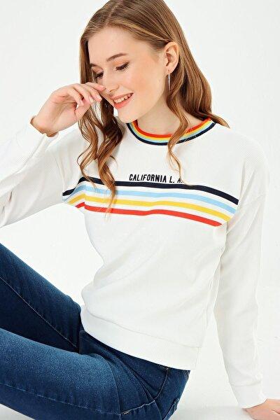 Kadın California Baskılı Renkli Çizgili Sweatshirt