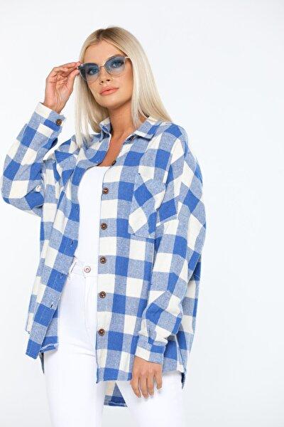 Kadın Mavi Standart Beden Ekose Desenli Önden Çift Cepli Gömlek