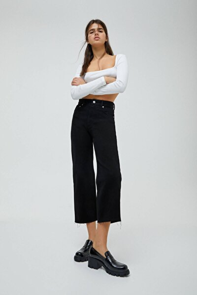 Kadın Siyah Crop Paça Straight Fit Jean 04676330