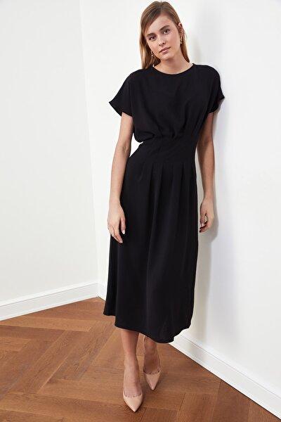 Siyah Bel Detaylı Elbise TWOSS21EL0927