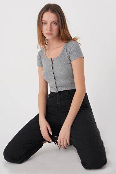 Kadın Gri Melanj Önden Düğmeli T-Shirt P1004 - K7 Adx-0000022575