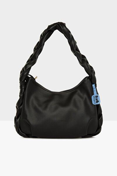 Kadın Siyah El Örme Askılı Oval Çanta M000005534