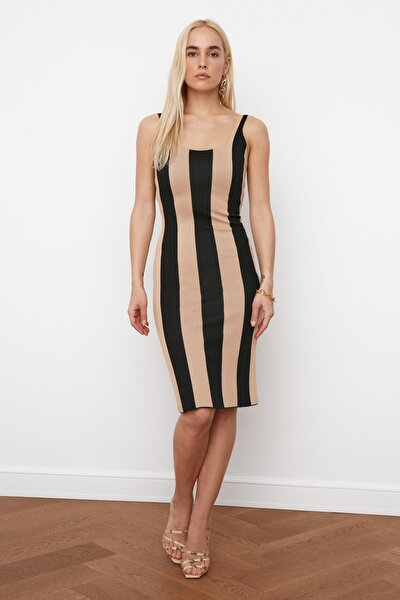 Siyah Çizgili Triko Elbise TWOSS20EL1758