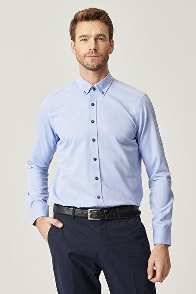 Erkek Açık Mavi Tailored Slim Fit Dar Kesim Düğmeli Yaka Gabardin Gömlek
