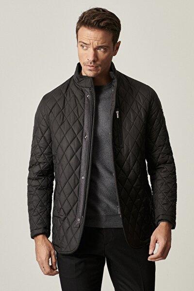 Erkek Siyah Standart Fit Soğuk Geçirmez Kışlık Overcoat Mont