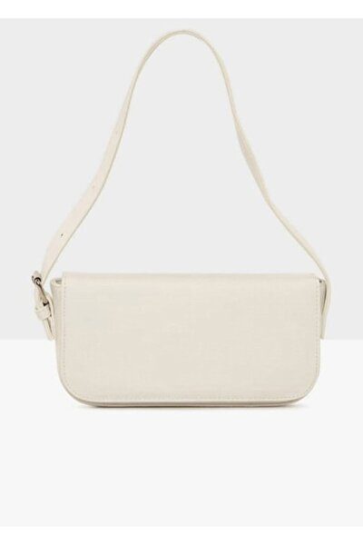 Kadın Beyaz Kapaklı Kalıp Baget Çanta