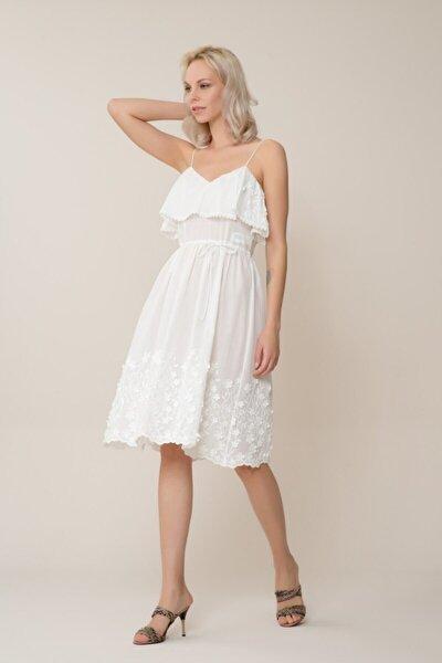 Kadın Çiçek Detaylı Askılı Beyaz Mini Elbise M18YEW08213GN