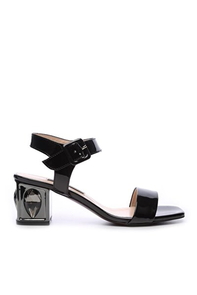 Kadın Derı Sandalet Ayakkabı 51 2832 BN AYK Y19