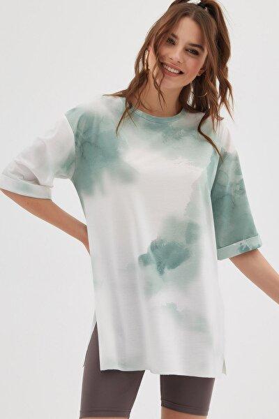 Kadın Yeşil Batik Desenli Kısa Kollu Oversize T-Shirt