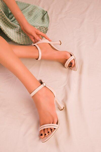 Ten Rugan Kadın Klasik Topuklu Ayakkabı 15839
