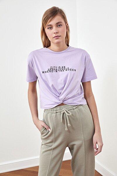 Lila Baskılı Crop Örme T-Shirt TWOSS21TS0850