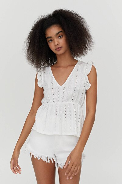 Fırfırlı Kollu Beyaz Bluz