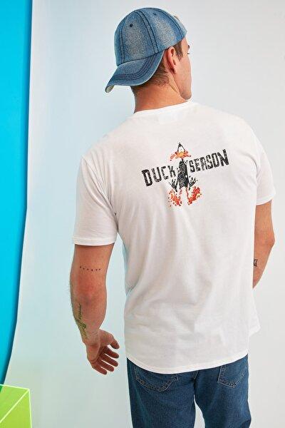 Beyaz Erkek Regular Fit Bisiklet Yaka Baskılı Daffy Duck Lisanslı T-Shirt TMNSS21TS0243