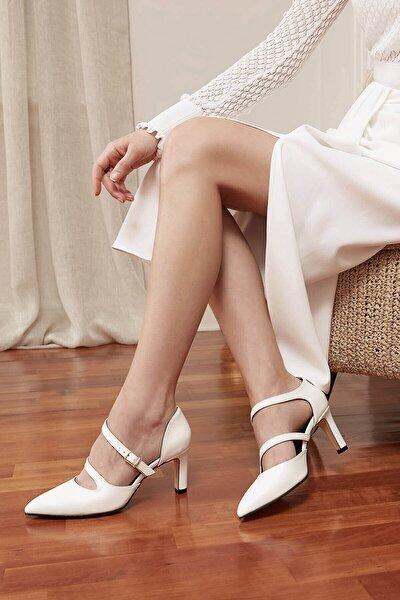 Kadın Beyaz Çift Bantlı Topuklu Ayakkabı