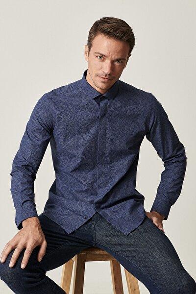 Erkek Lacivert Tailored Slim Fit Dar Kesim Küçük Italyan Yaka Baskılı Gömlek