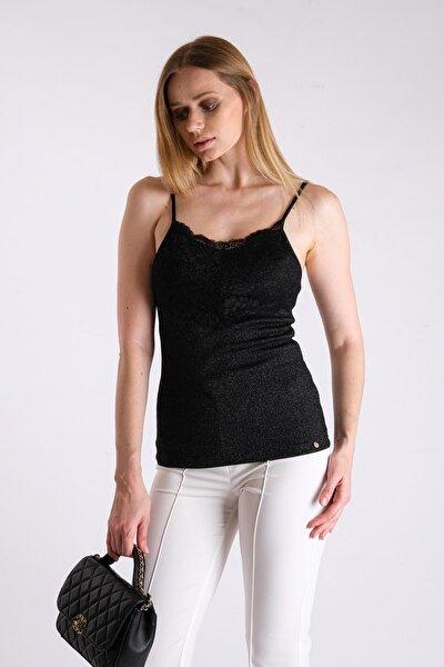 Siyah Simli Örme Kumaş Göğüste Dantel Detaylı Askılı Bluz Jb19271