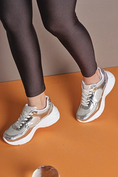 Gümüş Kadın Spor Ayakkabı